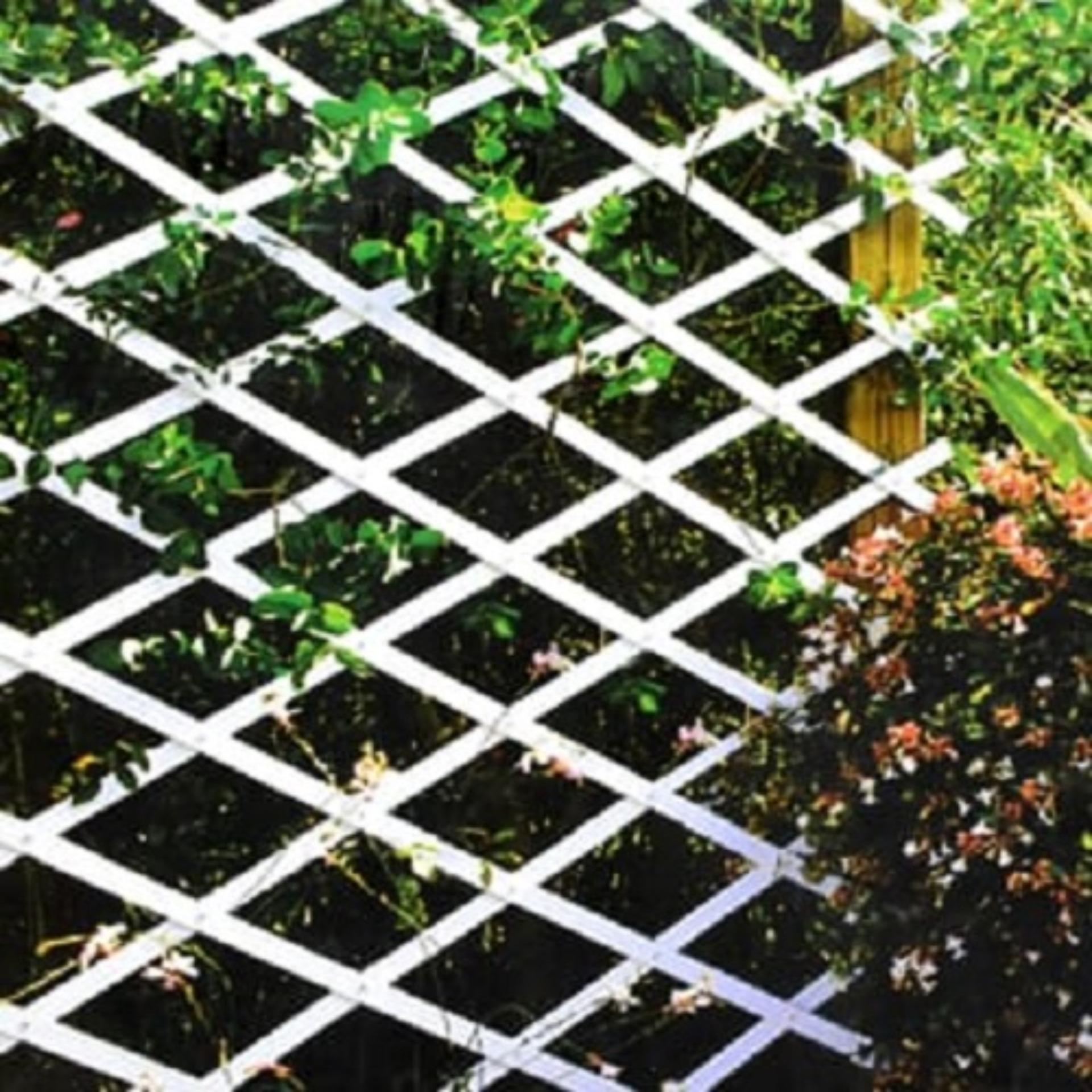 Teralis Plastik Taman 0.5x1.5m Putih By 20mp.