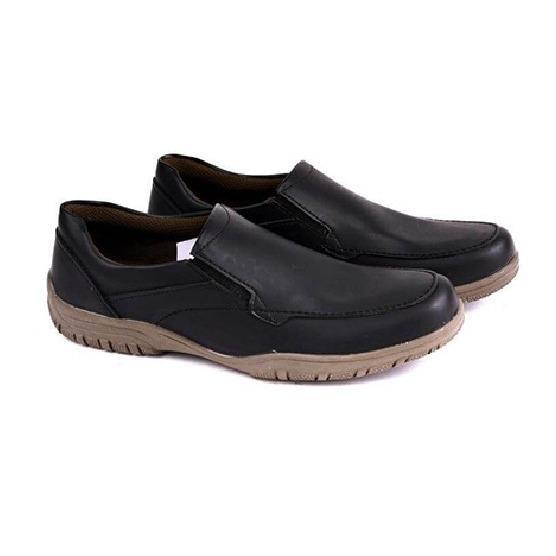 Sepatu Formal Pria Garucci GSY 1102 Size 38 ~ 43