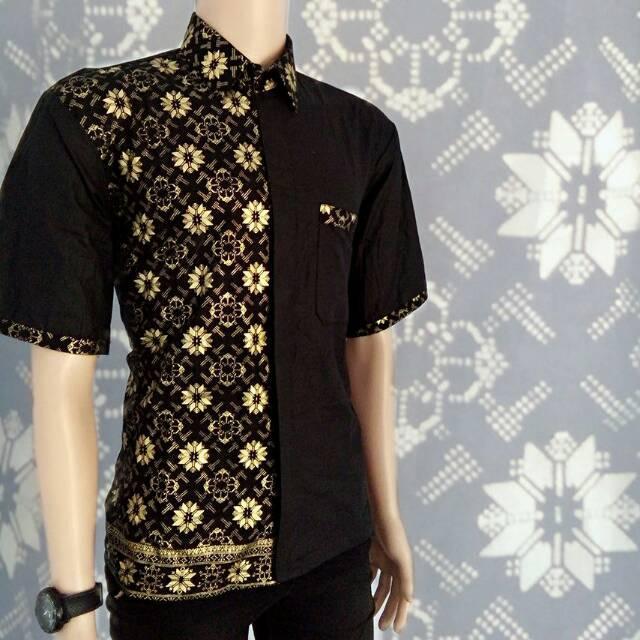 Baju Koko Batik Emas / Baju Muslim / Baju Muslim Terbaru / Baju Muslim Modern / Baju / Model Baju Batik / Busana Muslim Terbaru / Baju Koko Kombinasi Batik Lengan Pendek - Hitam Emas