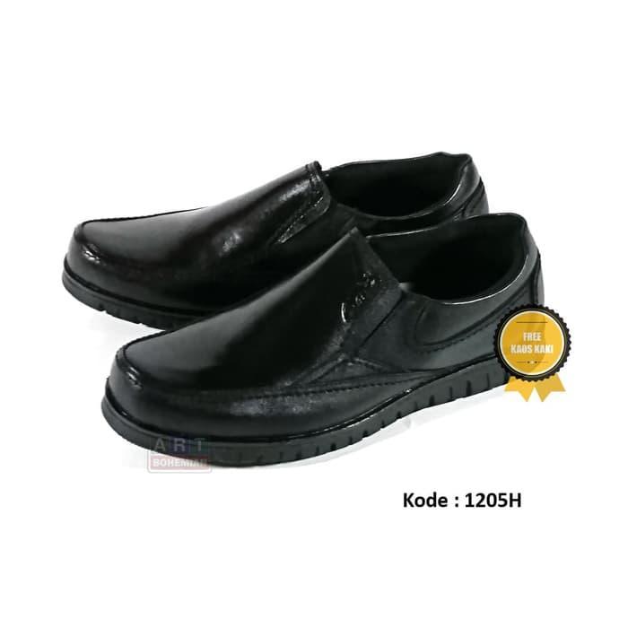 HOT SPESIAL!!! Sepatu Kulit Pria Boots Casual Clarks Slip On 2102