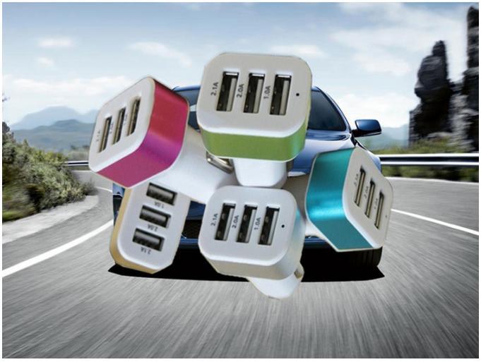 Car charger mobil utk hp/laptop/kamera/gps colokan lubang 3usb
