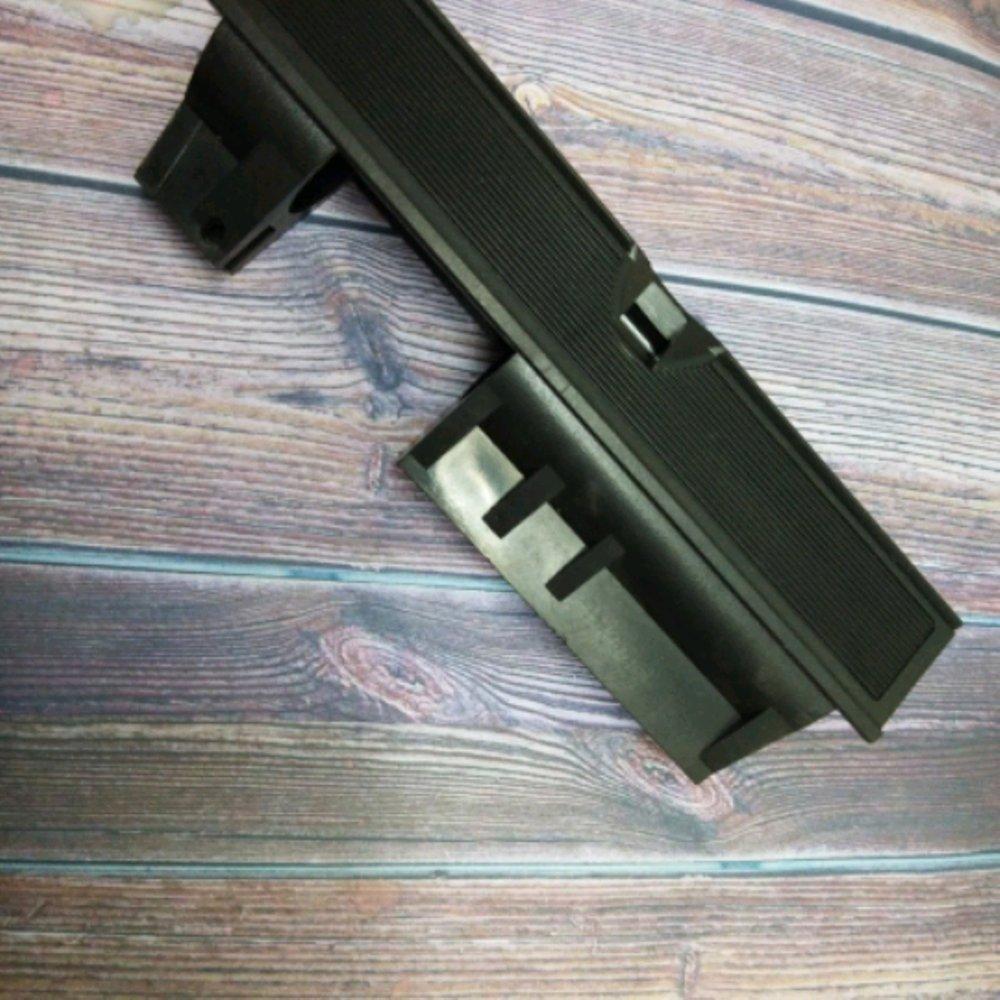 Box Sharp Hammer
