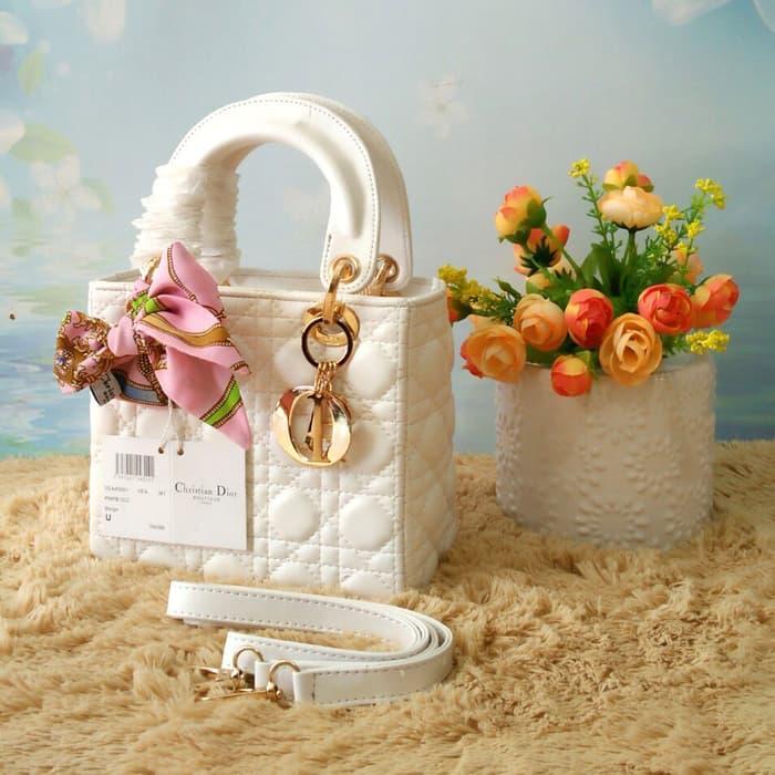 BEST SELLER-Tas Selempang Wanita Dior Dove Mini Kecil 18cm   TAS BRANDED    TAS c0fc339160