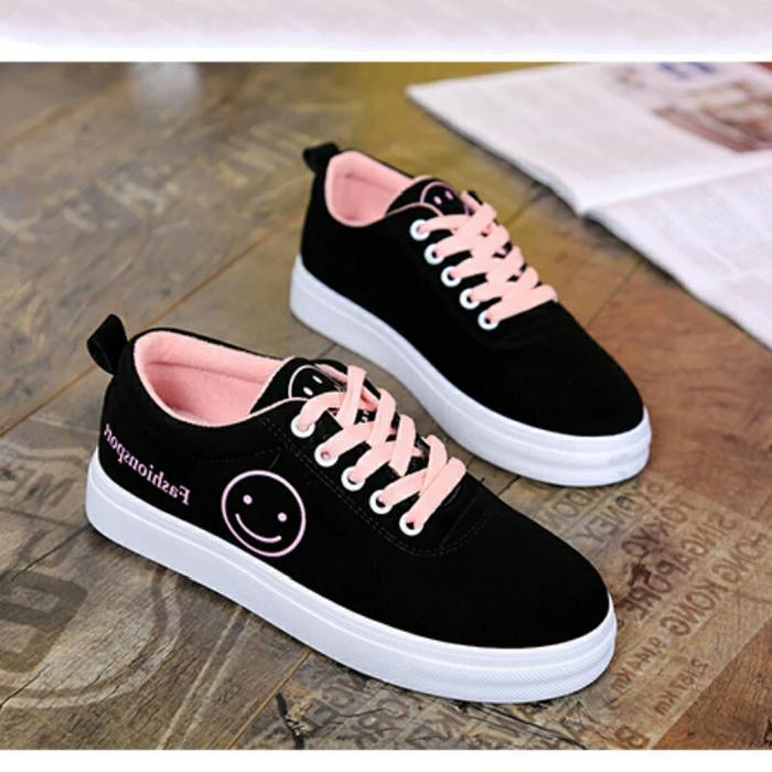 Sepatu Kets Emoticon Smile Pink - Hitam