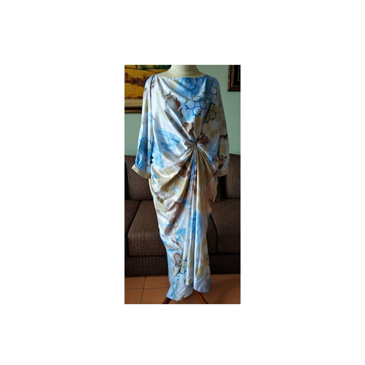 Kaftan Modern Silky Side Folded Blue