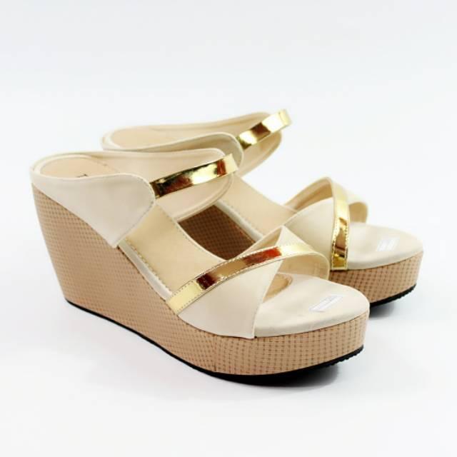 7c9ded346c16 Rp 40.500. G19 - Dalleya realpict sandal selop silang wedges casual simpleIDR40500.  Rp 40.990. JONICHA - Dalleya sepatu hak tinggi wanita ...
