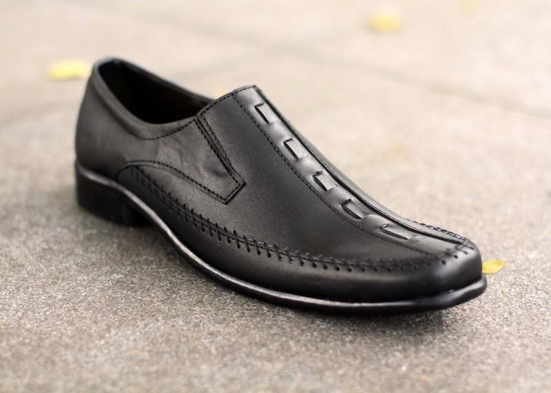 Sepatu Pantofel Pria Formal Kulit Asli Hand Made Premium Model LX Slip On  MURAH 073HT Original SPATOO Sepatu Pria 100% Kulit Asli Model 174 - Hitam    Sepatu ... 2283a17c31