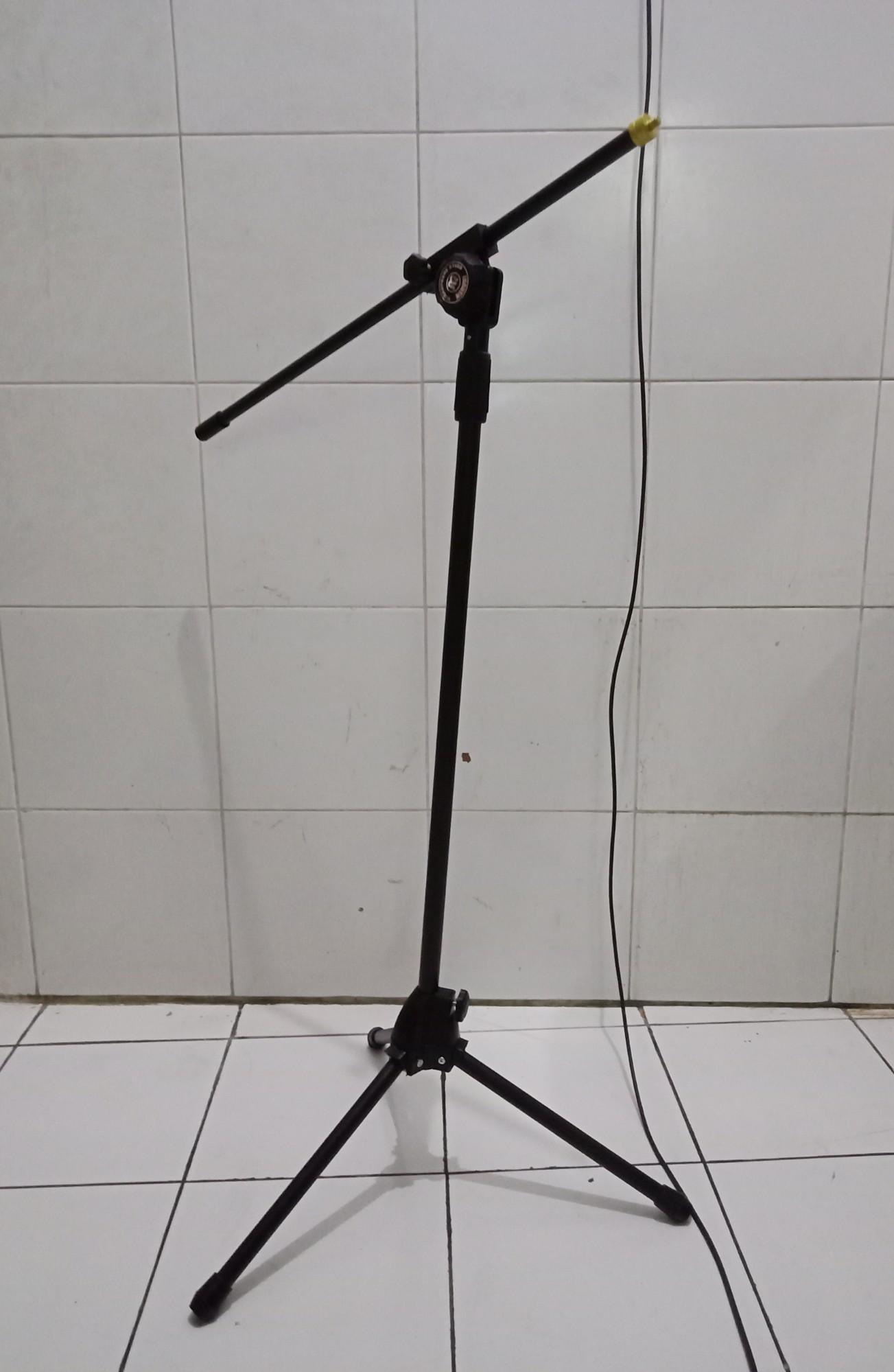 Stand mic Tripod maruni panjang