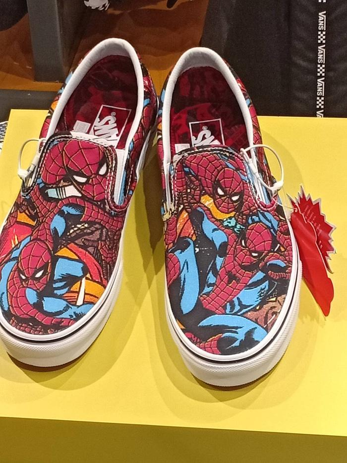 HARGA PROMO!!! Vans Slipon X Marvel Studio Spiderman Bnibwt Original