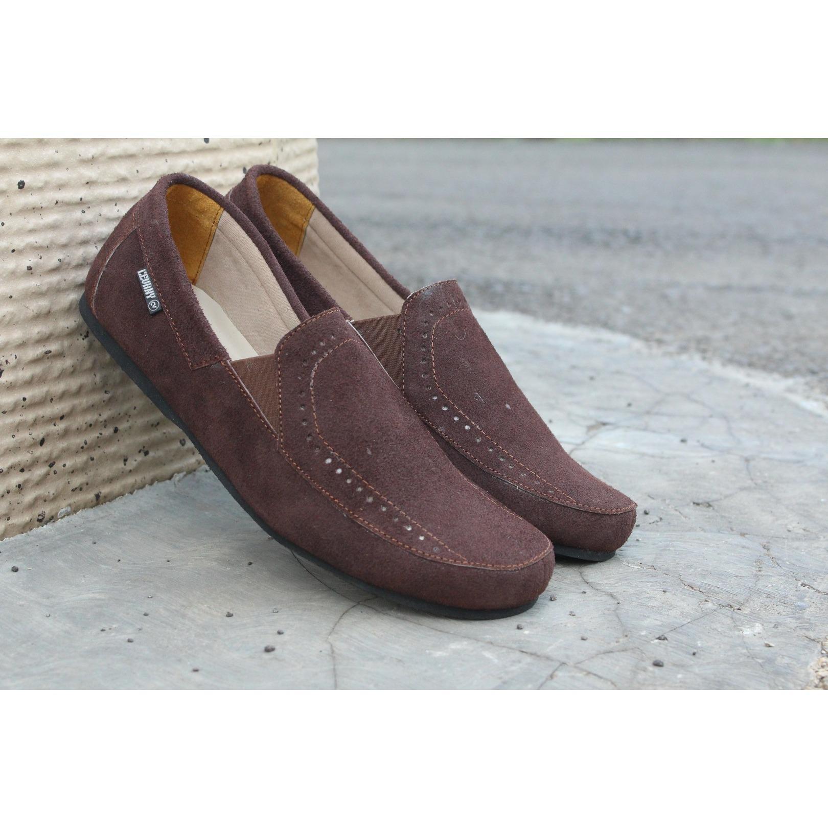 Sepatu Pria Clarks Kendar Mocassin Suede Slip On Loafers Sneakers Murah  Coklat