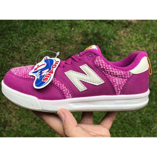 SALE!!! Sepatu Anak New Balance size 35