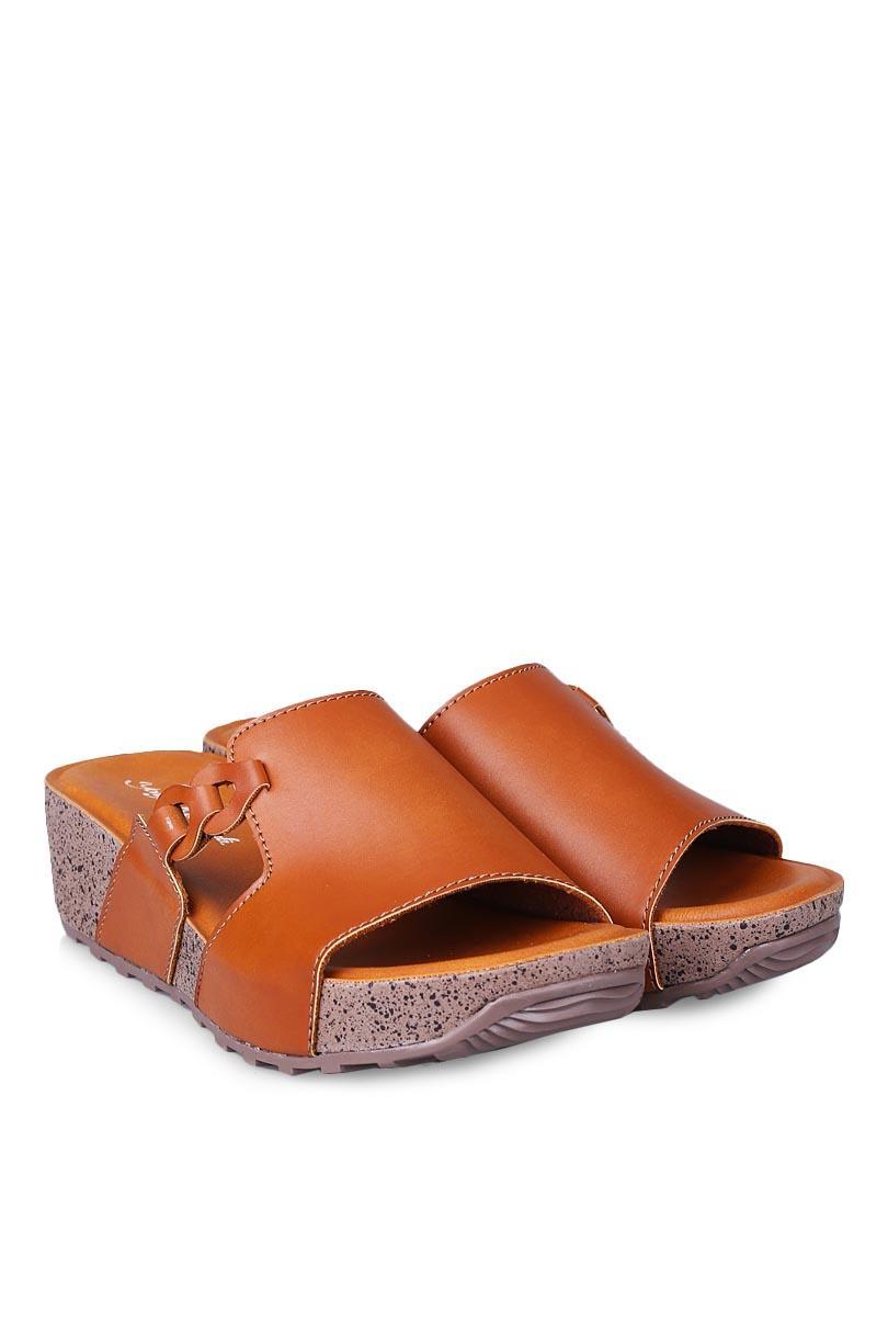 Yongki Komaladi Sandal Wedges Fashion Wanita Azka Camel