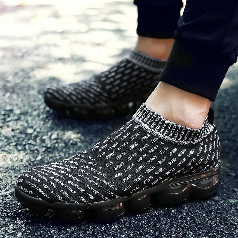EU36-44 Sneakers Olahraga Pria Keren Sepatu Pelatihan Guncangan-Tahan Sepatu Lari Oleh Kumpulan Orang Siswa Laki-laki Olahraga sneakers Guncangan-Tahan Latihan Sepatu Luar Ruangan Sepatu Lari