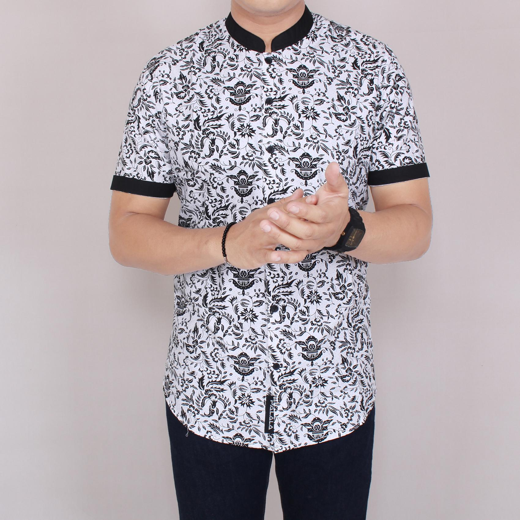 Zoeystore1 5947 Kemeja Printing Pria Lengan Pendek Exclusive Baju Kemeja Cowok Formal Kerja Kantor Kemeja Distro Putih Kemeja Guru