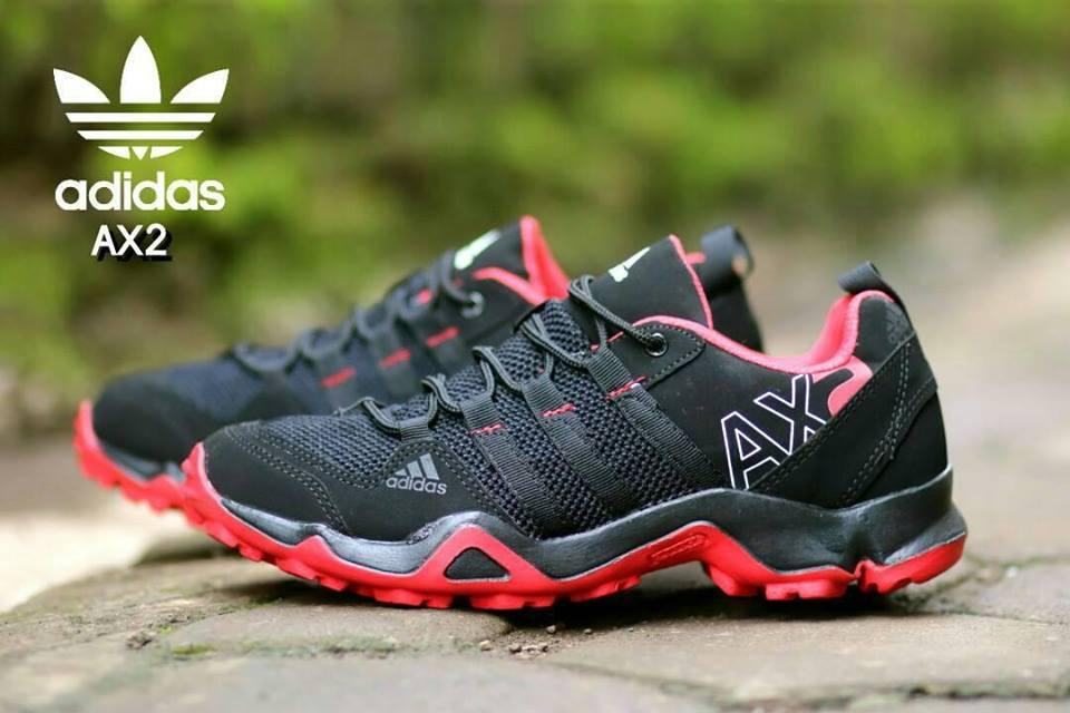 c7c84010290 Sepatu Pria Sepatu Olahraga Keren Kasual Sepatu Lari Bernapas Sepatu Joging  Sepatu Jala Sederhana Sepatu Fashion Pria