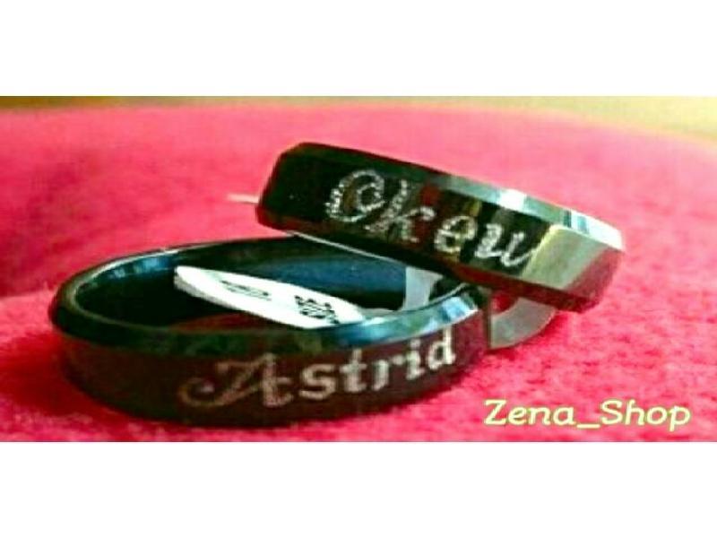 Cincin Pasangan Titanium Black Free Ukir Nama + Freebox Love Cantik..... Zena_Shop