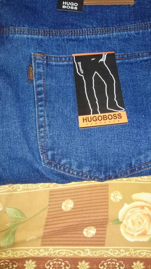 PROMO !! celana panjang jeans hugo boss size 45-48