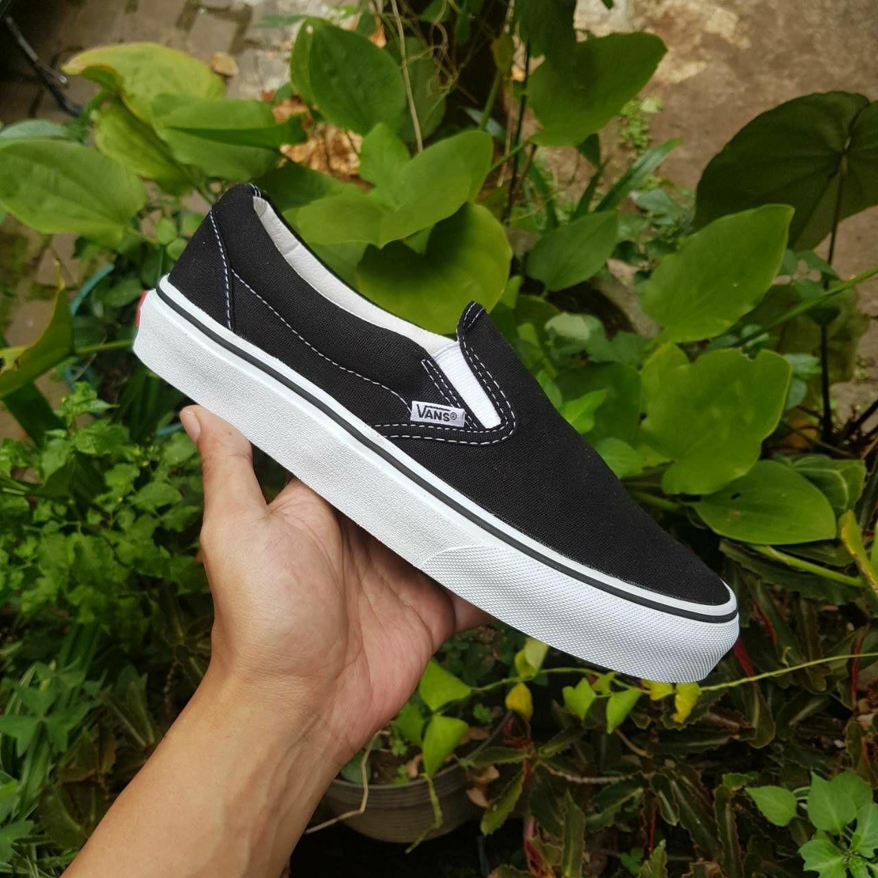 Promo Sepatu Vans Slipon Black White ICC