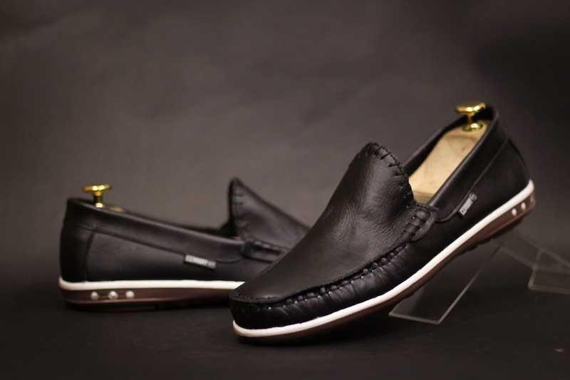 sepatu formal pantofel pria pantopel kantor dinas kulit asli warna hitam coklat tan dan putih