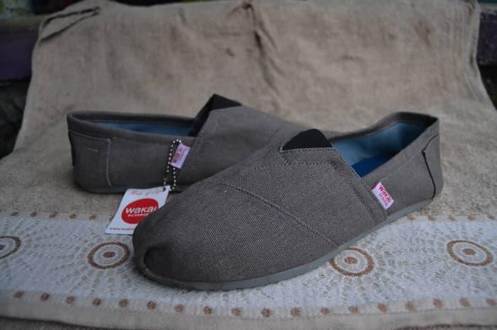 PROMO!!! Sepatu Wakai Shoes Cowok / Enjoy Style Slip On / Fashion Men