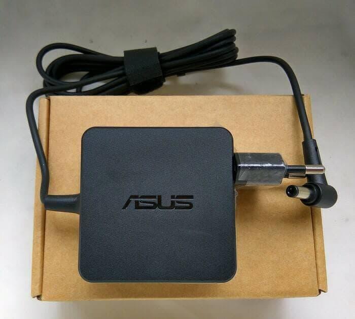 ASUS Ori Adaptor Charger  X452 X452E X454 X454W X454WA X454WE X200 X201 19V 2.37A dc 5.5 2.5