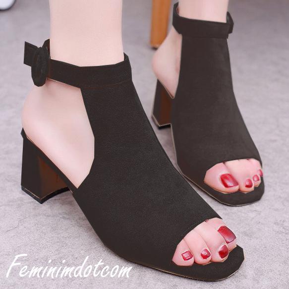 High Heels Kotak Kokop Tinggi Hitam Sepatu Sandal Wanita Populer