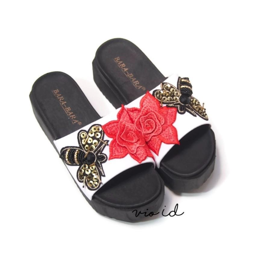 Trendi Sandal Jepit Jelly Wanita Pita WARNA DIKIRIM RANDOM JANGKAR. Source · Bara Bara - Jelly Shoes - Sandal Flip Flop Wanita - Sandal Selop - Sandal Jelly
