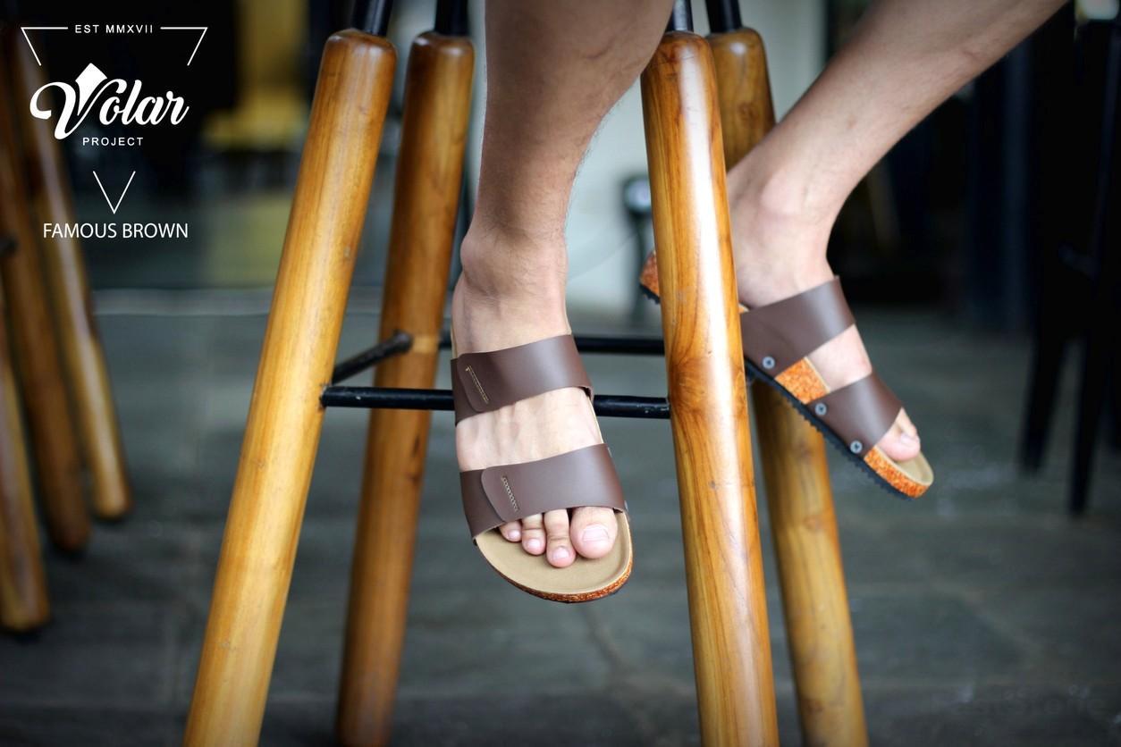 Goodness Famous Brown - Sandal Birkenstock Sandal Kasual Pria Santai Kulit Asli Murah Original Gaya Maskulin Pantai Sandal Rumah Sandal Jenpit Formal Casual