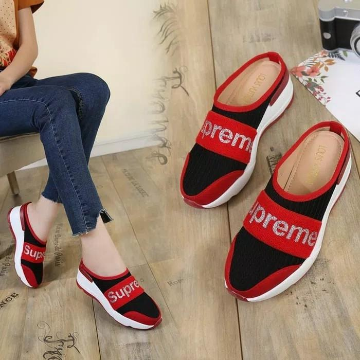 Sepatu Louis Vuitton Supreme 4930-1 merah red