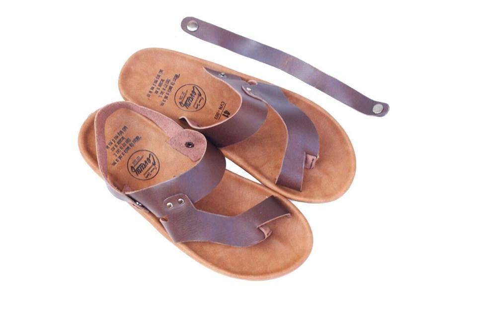 sandal pria / sandal kasual / sandal pria cocok buat main santai / sandal murah dengan kualitas premium