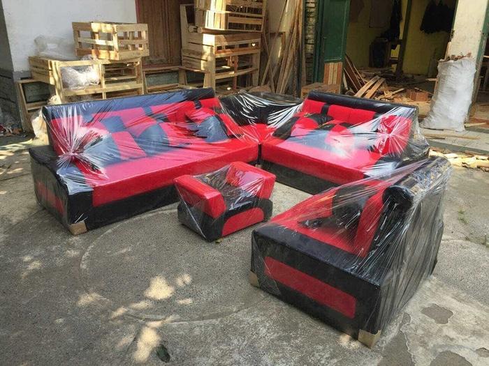 Promo    ready sofa minimalis merah hitam kursi ruang tamu murah terbaru    Original