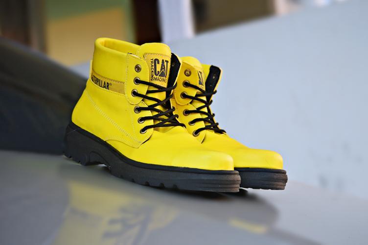 BEST SELLER !!! Sepatu Pria Caterpillar Safety Boots ORIGINAL High Quality PROYEK LAPANGAN / SEPATU PRIA / SEPATU BOOTS / TRACKING BOOTS