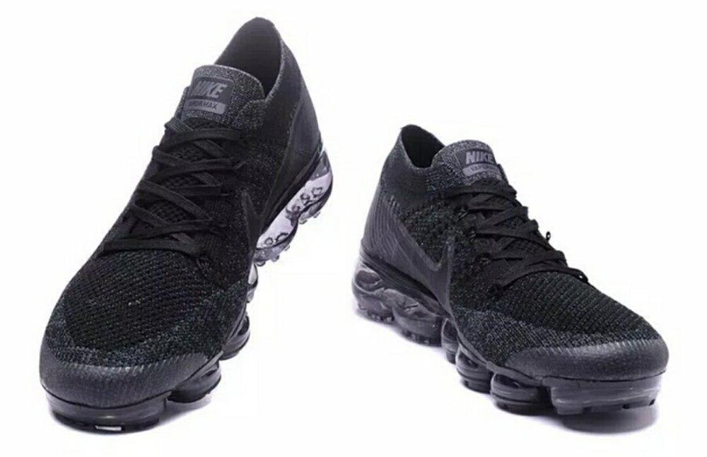 Sepatu Nike Vapor Max Black