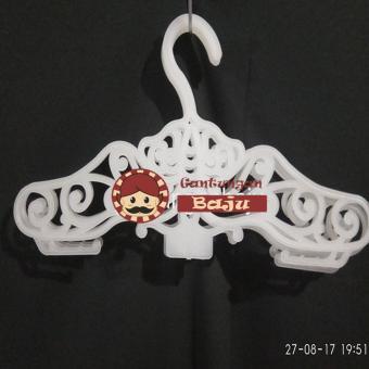 Pelacakan Harga GANTUNGAN BAJU 6 pcs Hanger batik bahan plastik Best Price periksa peringkat - Hanya Rp18.438