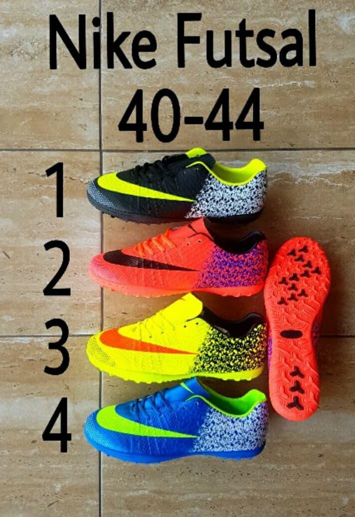 Sepatu Bola Futsal Nike CR7 RONALDO