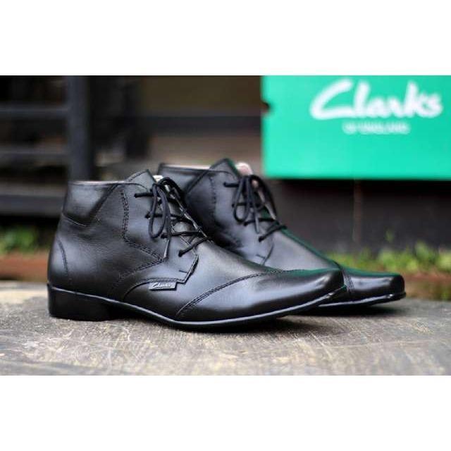 CLARK - Sepatu Pantofel Formal Kulit CVNY TROTSKY Pria / Sepatu kerja PDH/ Pantofel Boots / Kickers / Bally / Yongki/ CEVANY/