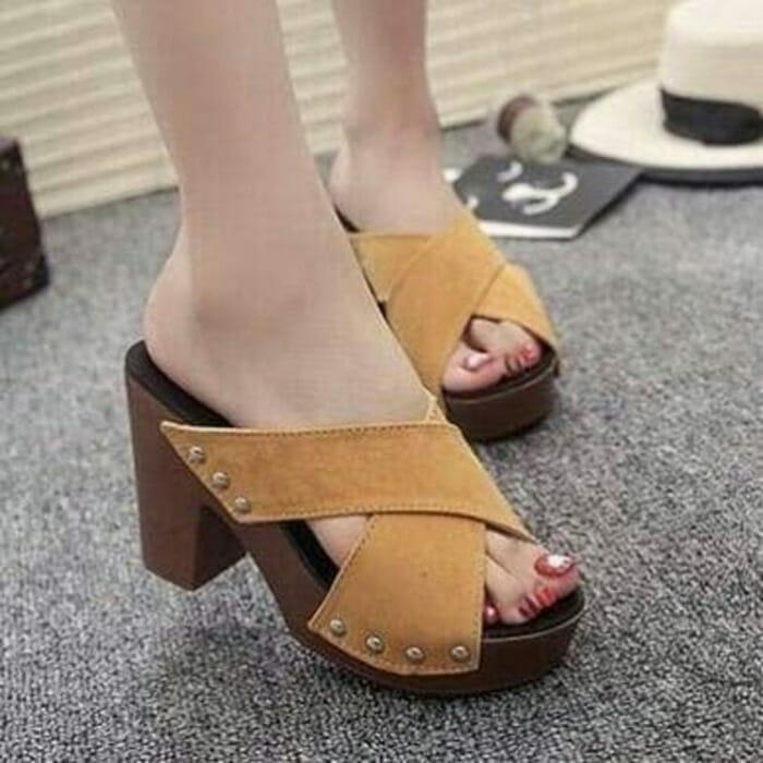 Sandal Wedges/Heigh Heels/Hak Tinggi Wanita Silang -Tan