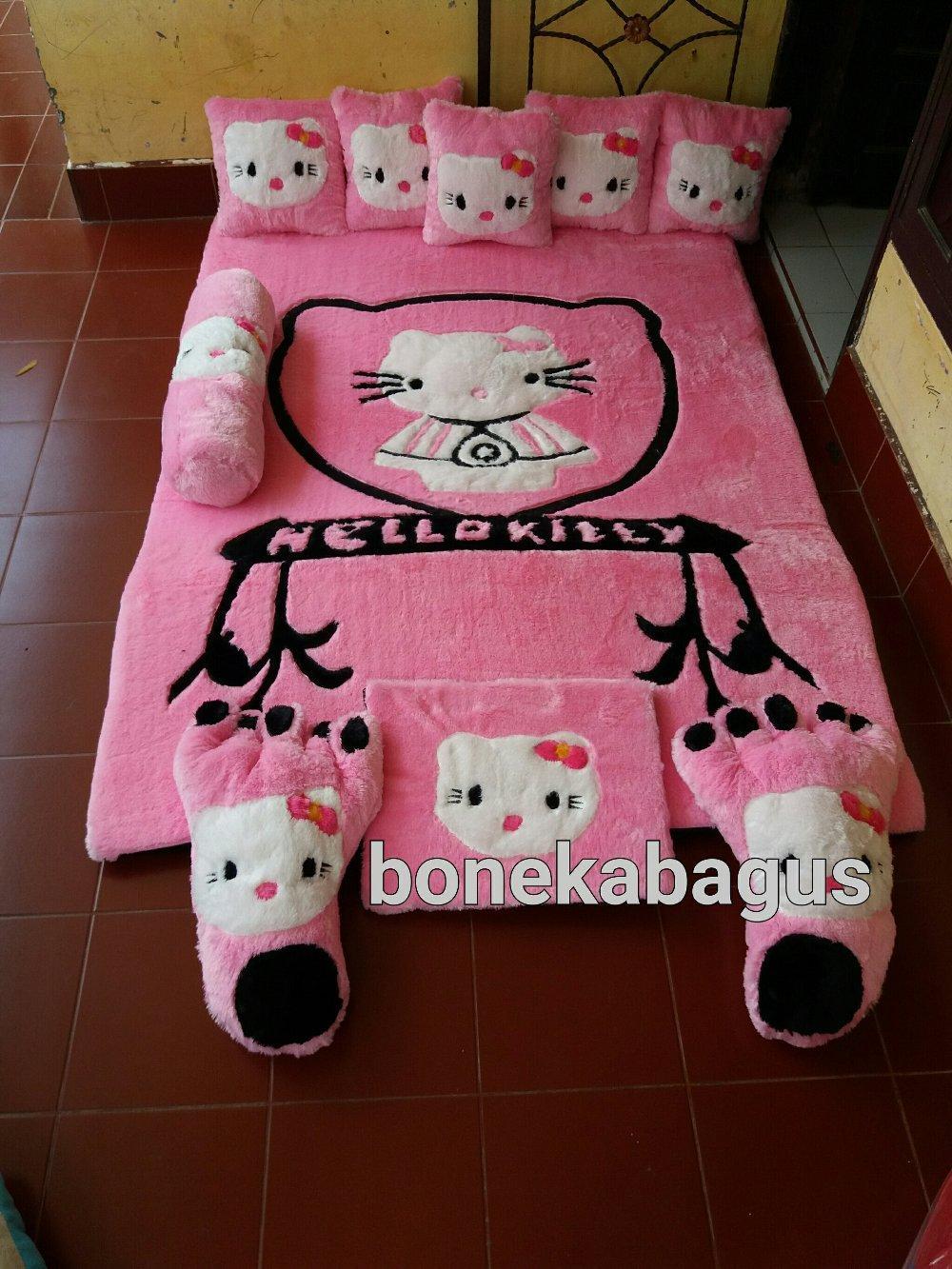 KARPET KARAKTER HELLO KITTY WARNA SOFT PINK FULL SET BULU LEMBUT RASFUR # Boneka Bagus bonekabagus