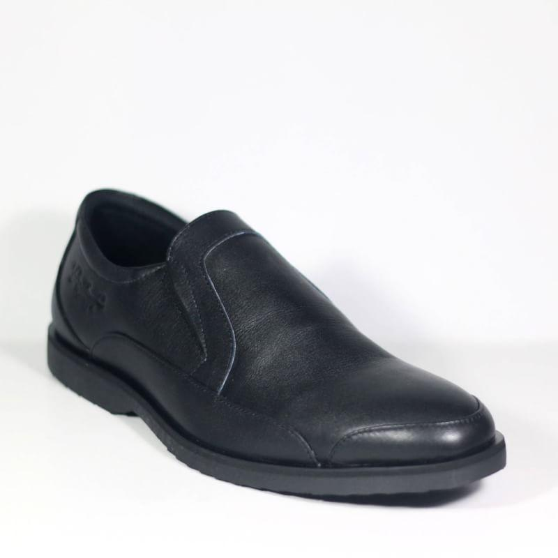 Sepatu Kulit Formal Bradleys Slip On Feragamo Black
