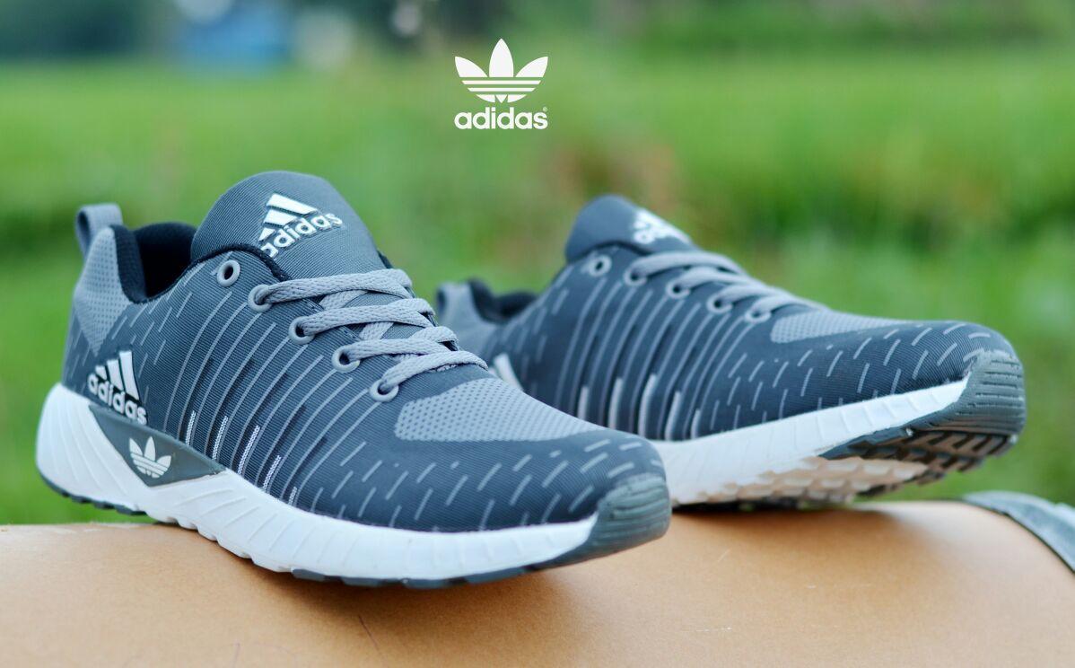 ARP Sepatu Sneakers Olahraga Pria Flyknite Sepatu Sport   Sneakers Kasual    Jogging   Lari   e8bcb8d7ea