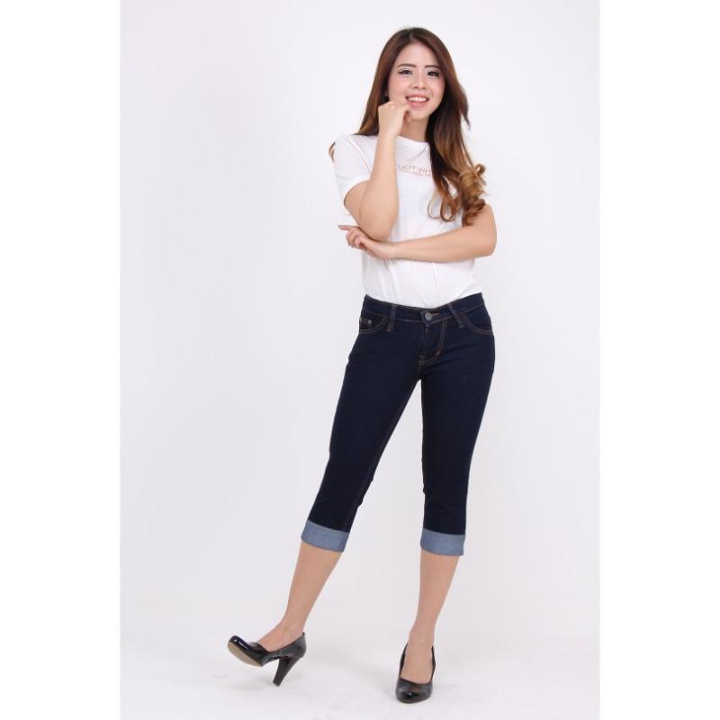 JSK Celana pendek wanita jeans model kaki lipat balik terbaru 1c445d2013