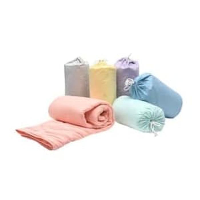 INFORMA bedcover marshmallow dengan sarungnya /selimut microfiber