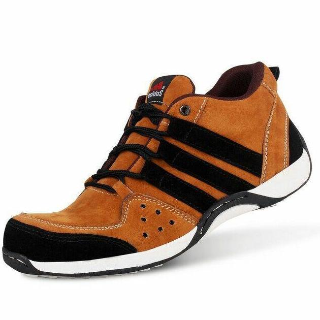 Sepatu Sneakers Gaya Pria Kasual Sport Terkini Terbaru Kanvas Sekolah Kerja Pormal Slipin Boots Converse Pantofel Orange
