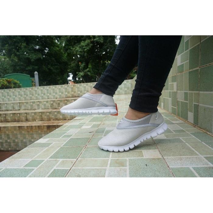 Promo Nike Skin Rajut Size 36 - 40 Sepatu Wanita Tanpa Tali Sekolah Hitam Gratis Ongkir