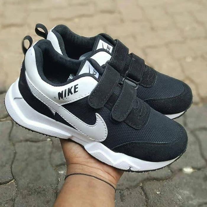 Promo- Nike kids / sepatu jalan jalan / sepatu olahraga / sneakers
