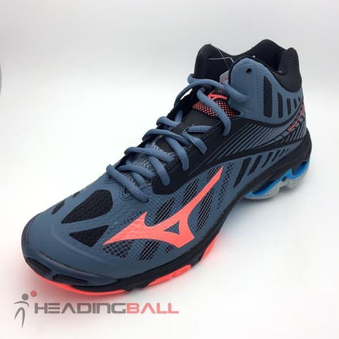 Hemat 10%!! Sepatu Volley Mizuno Original Wave Lightning Z4 Mid V1Ga180565  Bnib – ready stock d81589f71b