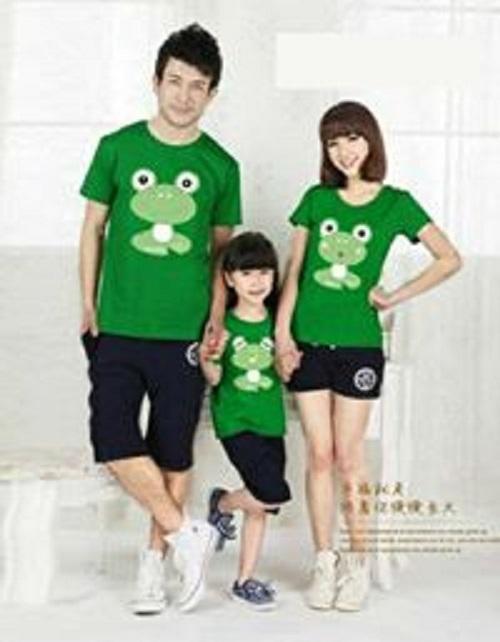couple lover-KAOS COUPLE FAMILY FROG HIJAU (AYAH+IBU+ANAK)  FASHION FAMILY  BAJU KELUARGA  T-SHIRTS COUPLE FAMILY