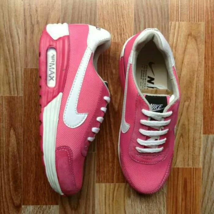 Sepatu sport nike airmax pink