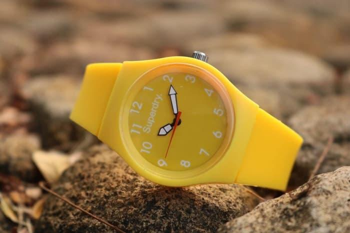 SUPERDRY RUBBER YELLOW