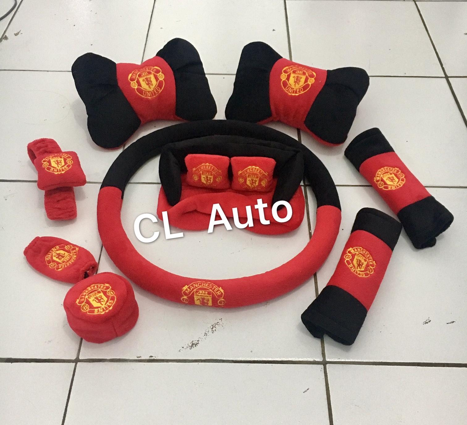 Bantal set mobil 7in1 model MU warna merah / Aksesoris bantal set mobil 7 in 1 murah unik lucu UNIVERSAL / Tempat tissue manchaster united / sarung bantal mobil 9in1 warna red